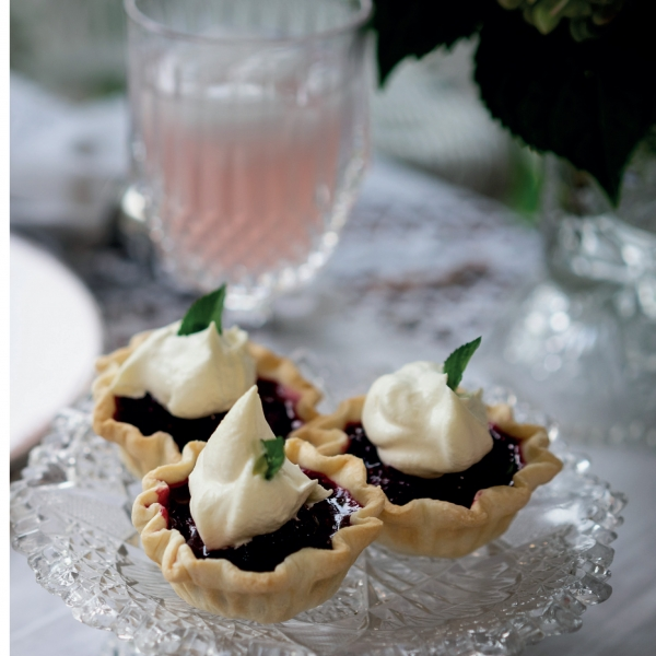 P127 Spirited Fruit Tarts